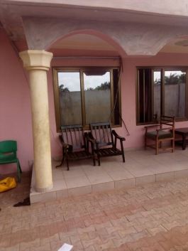 villa recassee a vendre a djadjo a CALAVI ds togba
