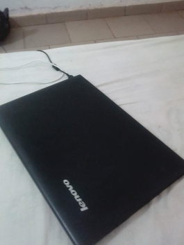 Lenovo ideapad 300 core i5 Ram 4Go